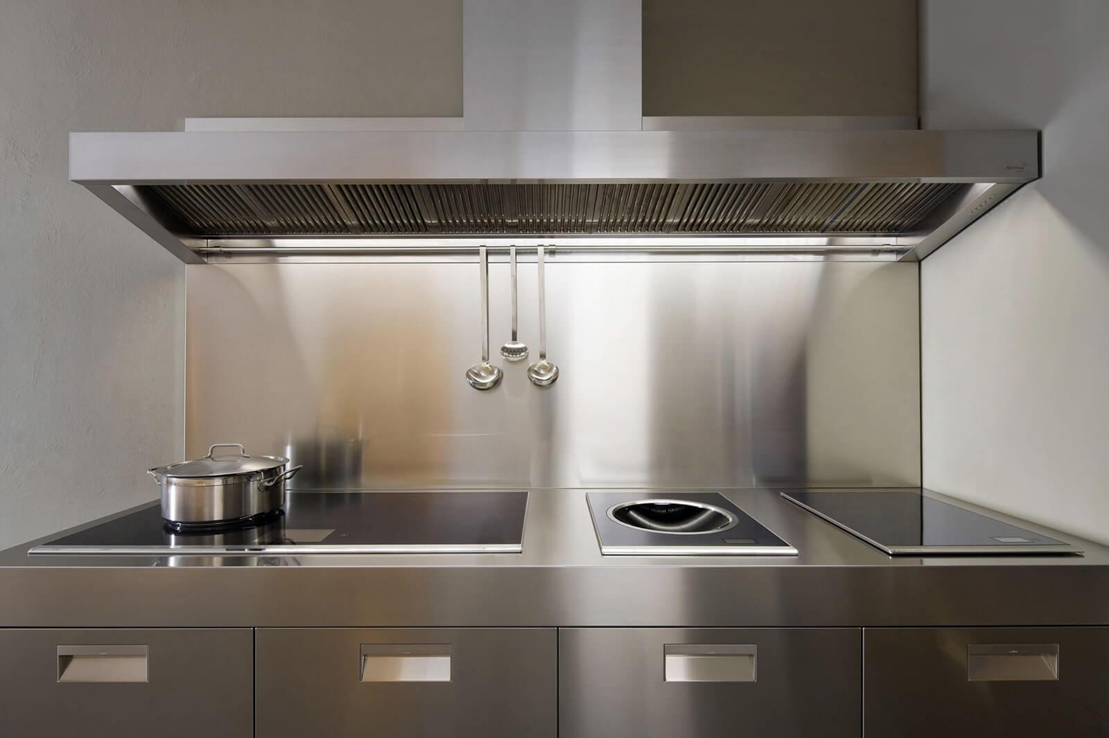 фартук для кухни из стали